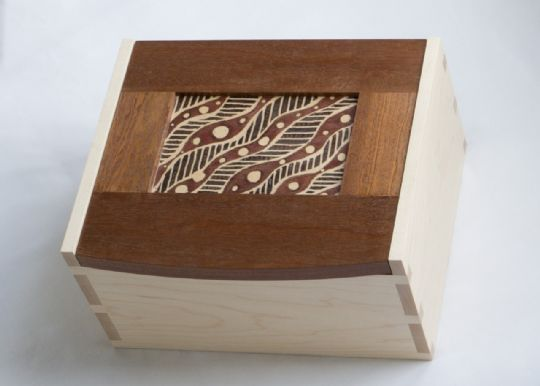 Image entitled Maple & Sapele Batik Box